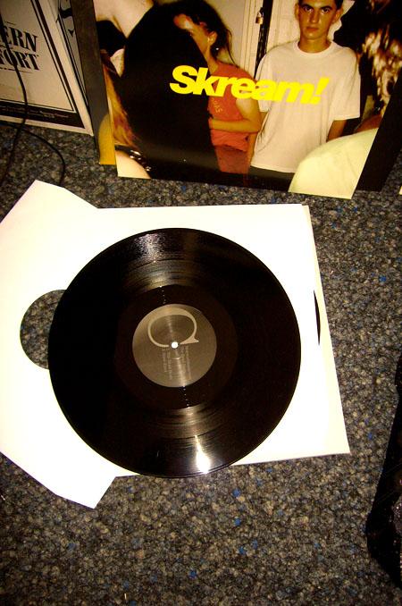 Deine Asche auf Vinyl pressen
