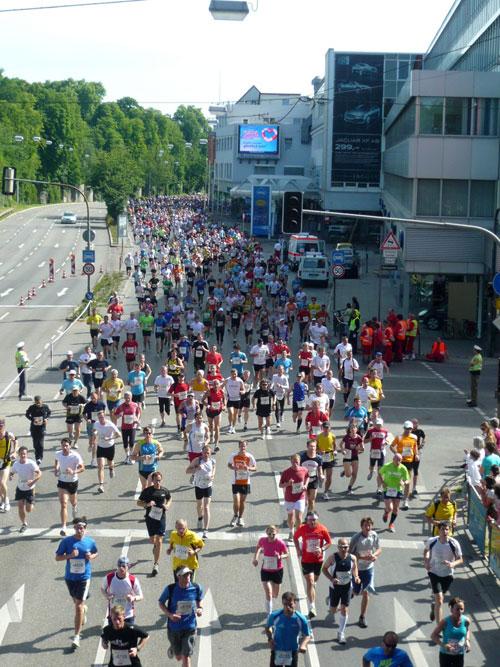 Auch gut zu Fuß: KTV beim Halbmarathon