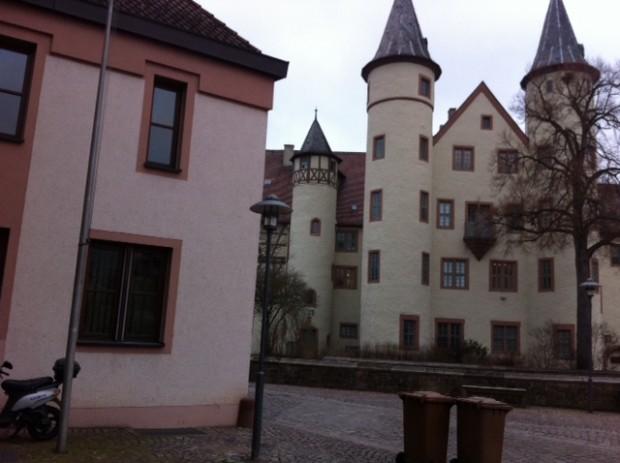 Lohrer Schloss mit Rathaus