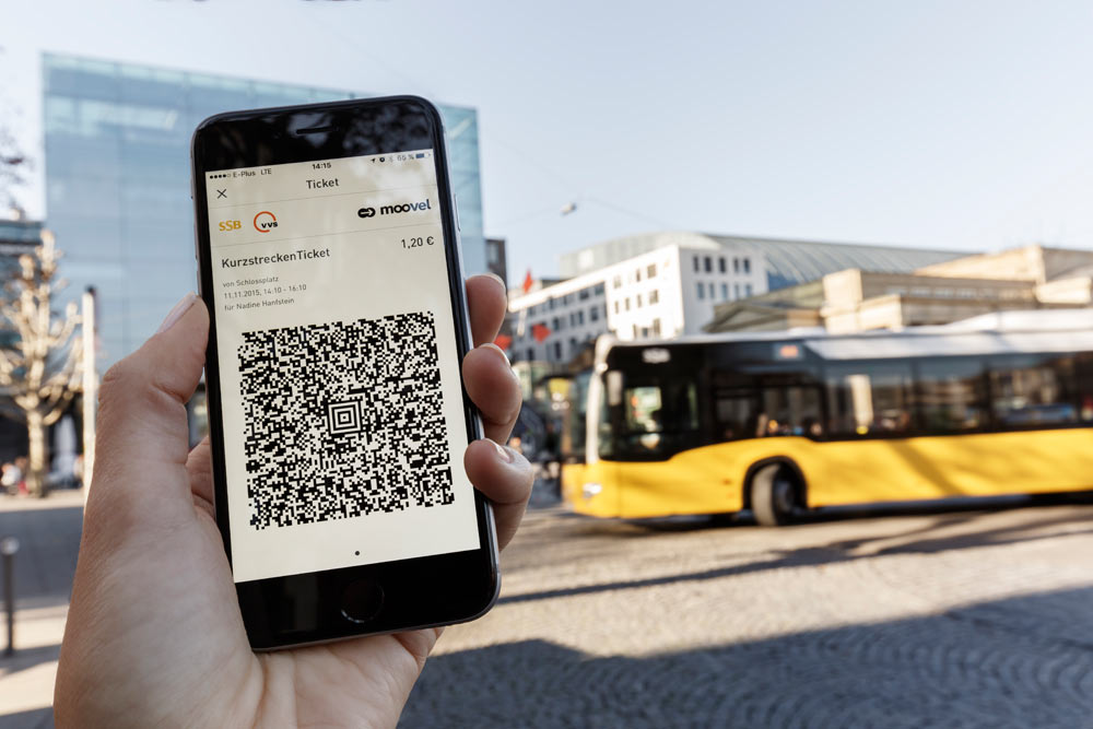 4_Schlossplatz_SSB_Bus_Ticket